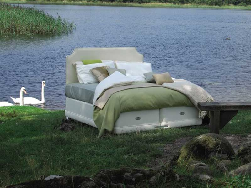 Hypnos Bed Shot Outdoors